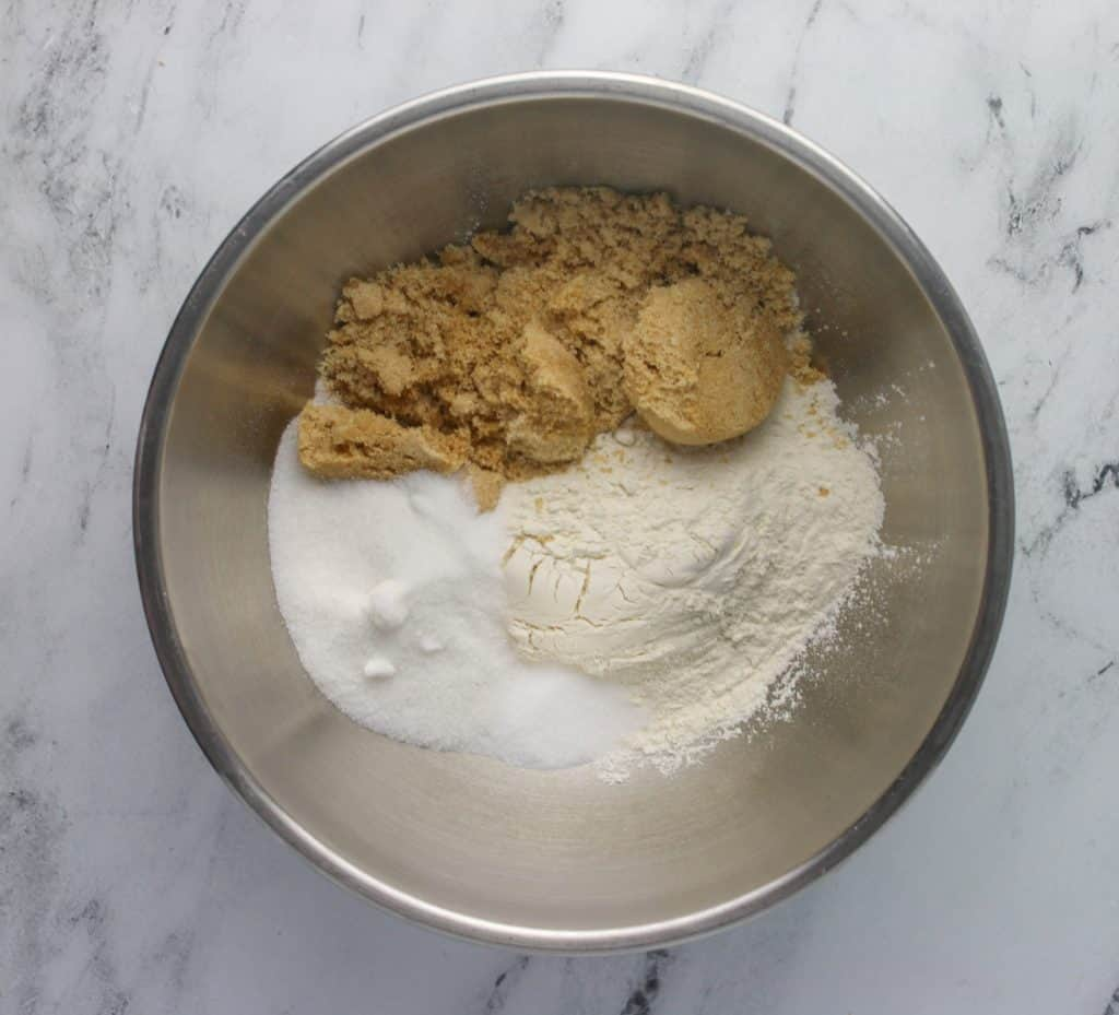 dry ingredients for raspberry bars in a bowl