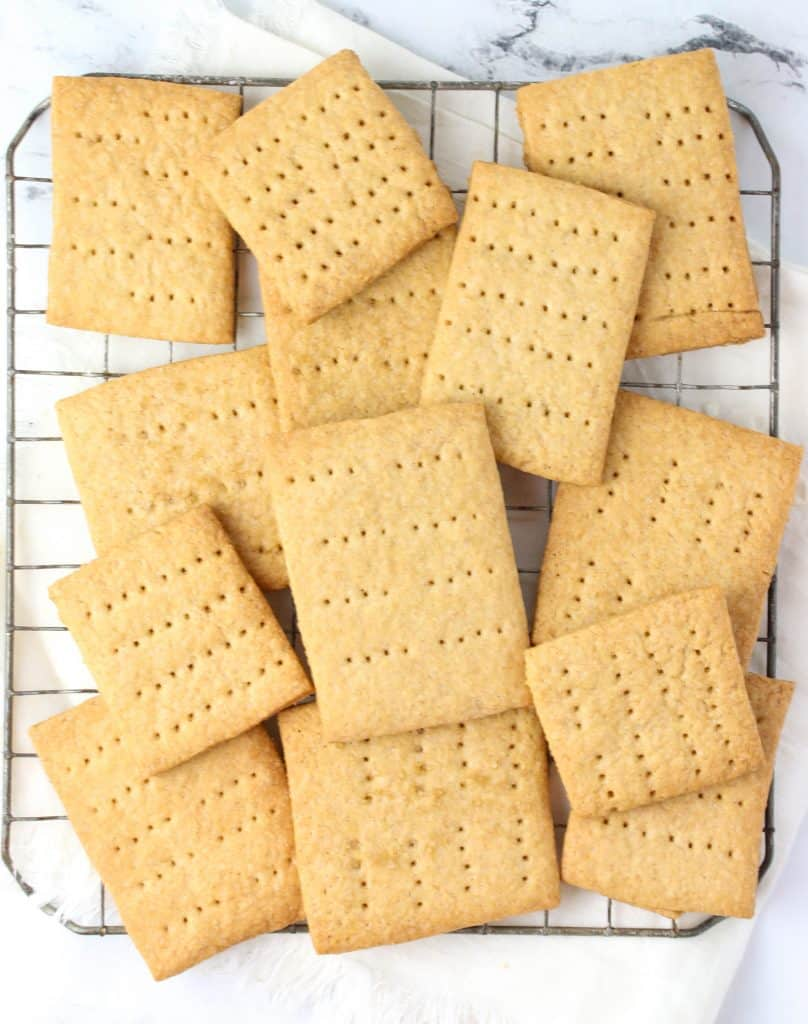 graham crackers on a cooling rack
