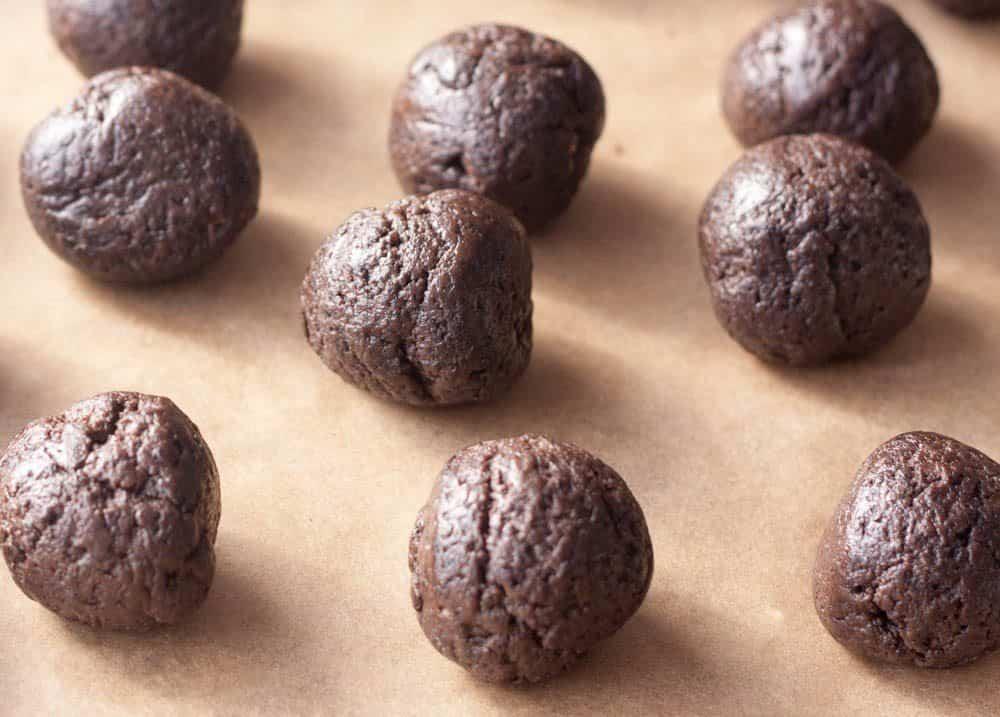 football oreo chocolate balls