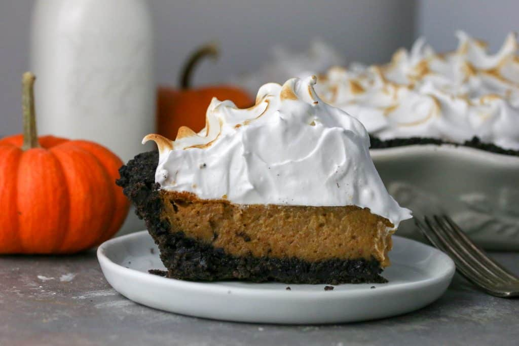 slice of pumpkin oreo pie on a plate