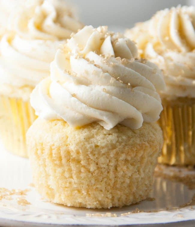 Champagne Cupcaks with Champagne Buttercream