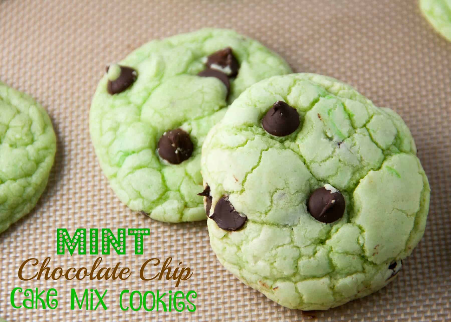 mint and chocolate chip cookie whipped up using a cake mix! So easy ...