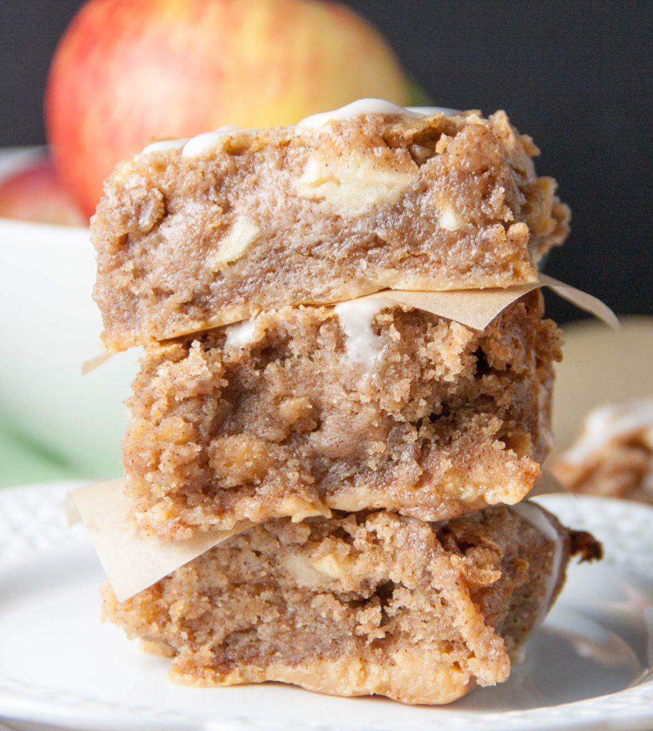 apple pie gooey bars