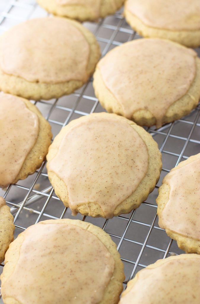 cinnamon-maple-sugar-cookies-2-675x1024