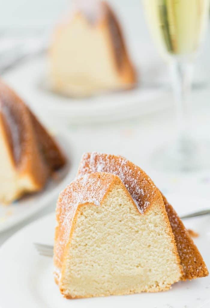 Champagne Poundcake