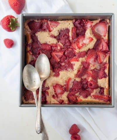 strawberry raspberry cobbler
