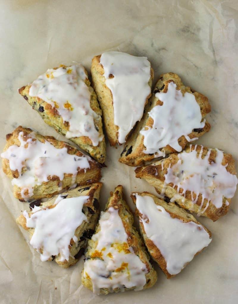 8 scones of different flavors