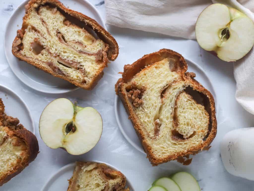 slices of apple babka on a plate